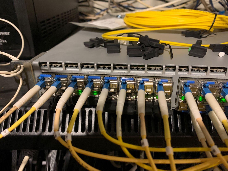 Не нравится свой интернет-провайдер? Стань им сам: опыт американца по имени Джаред Маух / Блог компании Selectel / Хабр