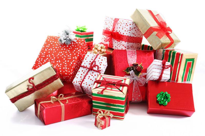 Дед Мороз с новогодними подарками - открытки для поздравления 30