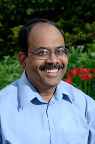 Санджай Кале, специалист по компьютерам в Университете Иллинойса с 1985 года.