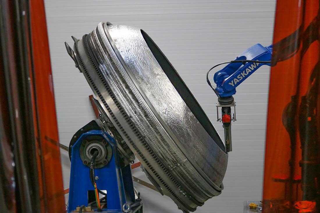 Силовой шпангоут топливного бака в S7 R&D. Фото автора