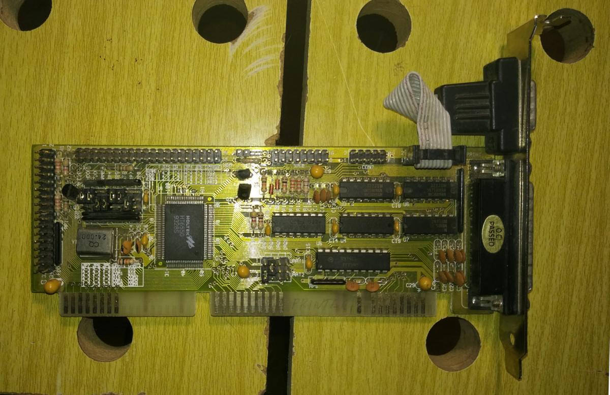 Универсальная плата ввода-вывода на базе Holtek HT6550