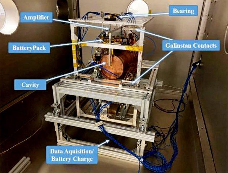 Испытательная и измерительная установка для исследований EmDrive в Техническом университете Дрездена/ M.Tajmar