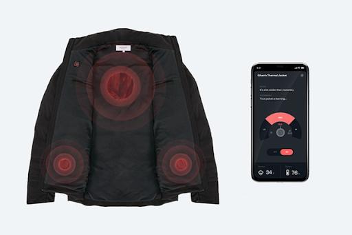 Тонкие пластины из углеродистого волокна в куртке Ministry of Supply нагреваются до 57 °C и работают без подзарядки четыре часа
