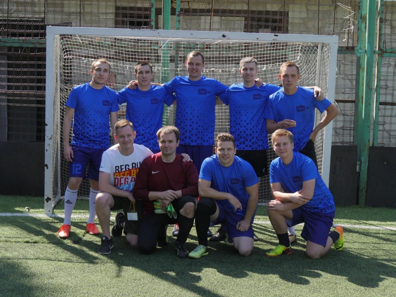 Команда REG.RU на соревнованиях по футболу