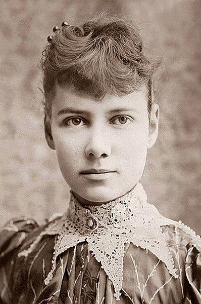 Нелли Блай (настоящее имя Элизабет Джейн Кокран; 5 мая 1864 (или 1867), Кокранс-Миллз, штат Пенсильвания — 27 января 1922, Нью-Йорк) — американская журналистка, претворявшаяся психбольной https://ru.wikipedia.org/w/index.php?title=Блай,_Нелли&stable=1