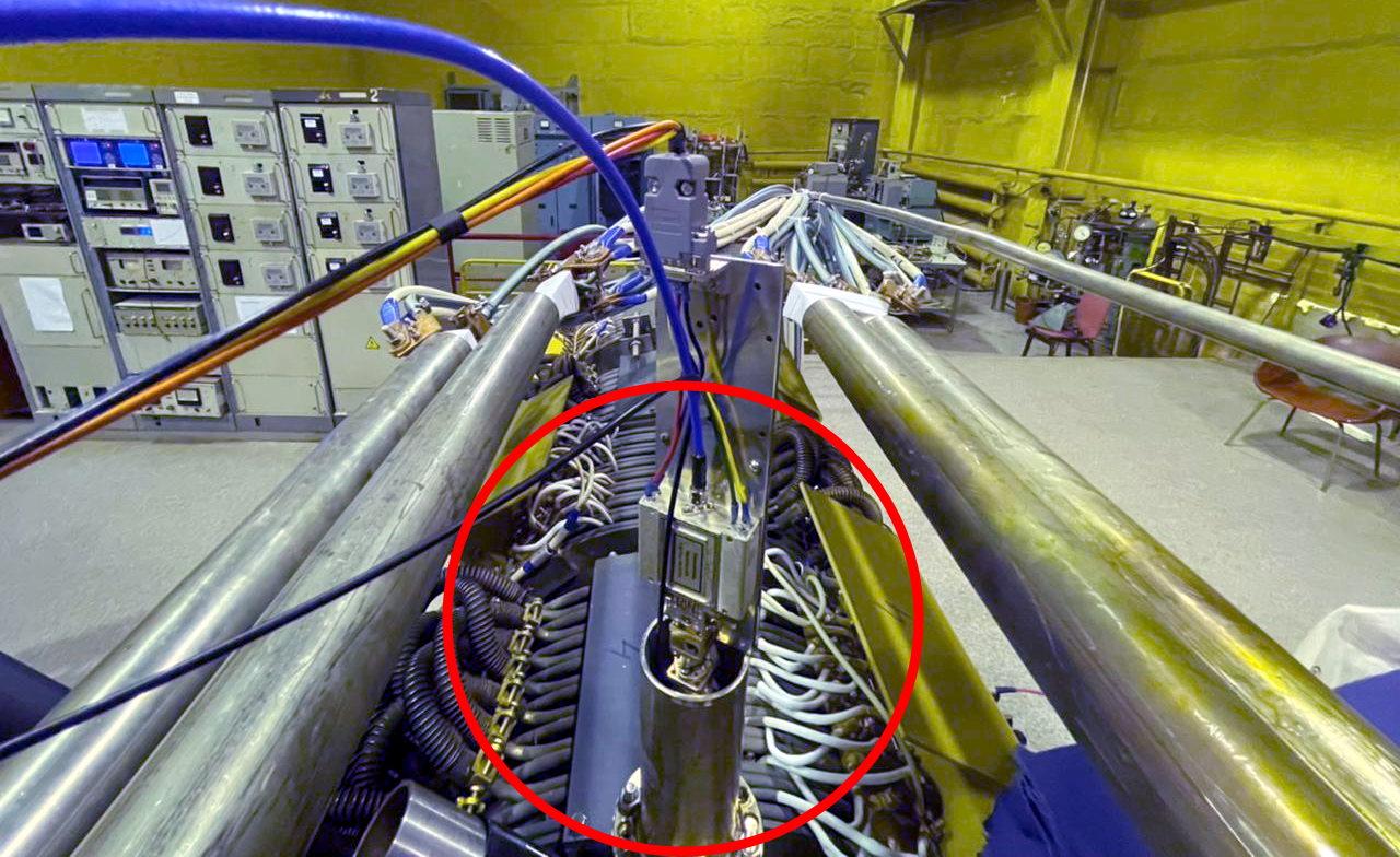 Передатчик 94 ГГц СВЧ-интерферометра для измерения плотности плазмы на установке прототипа геликонного двигателя