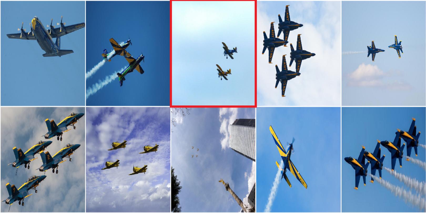 Результат по запросу «сине-желтые бипланы, летящие рядом друг сдругом», изображение в красной рамке — достоверное изображение