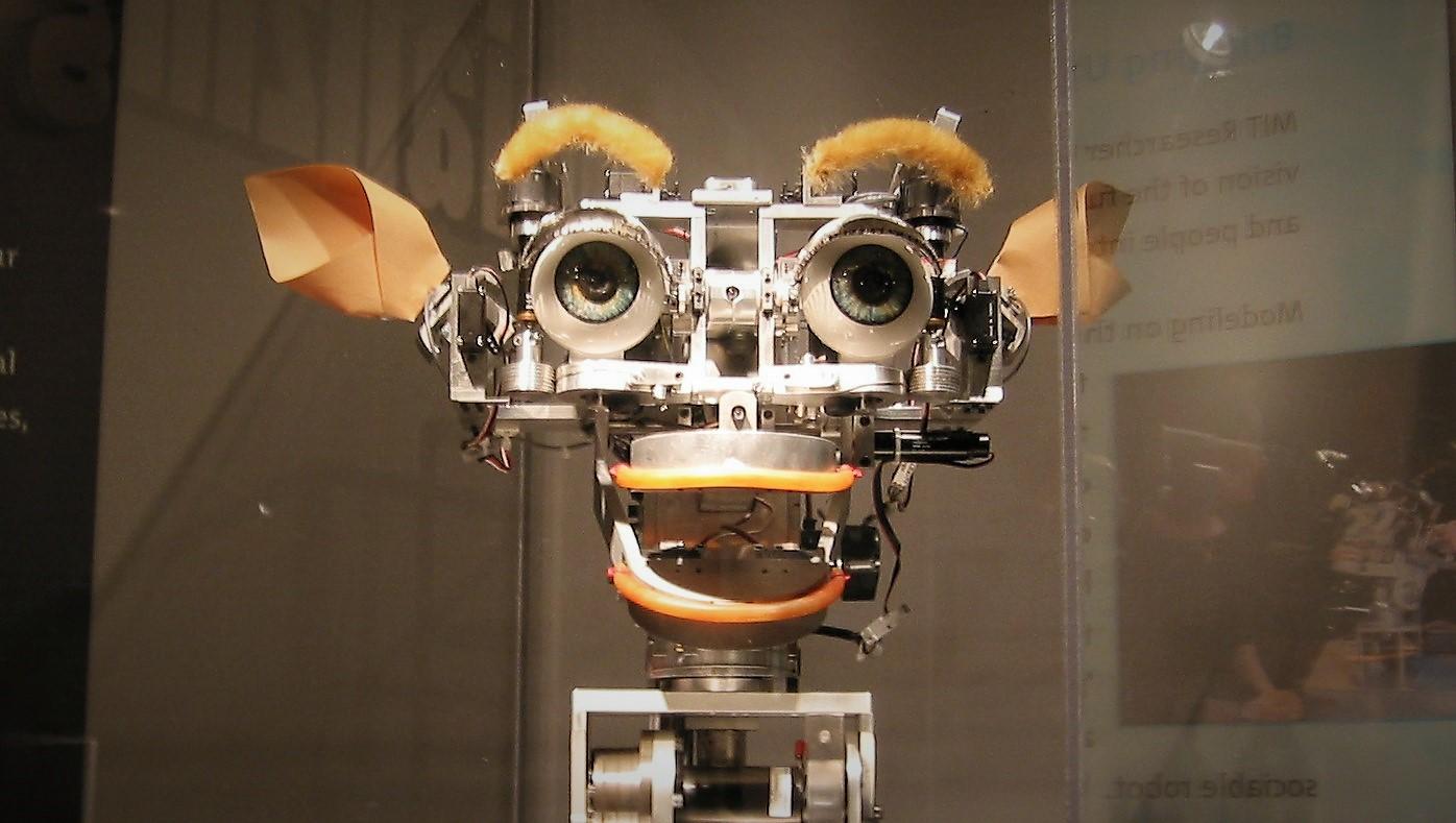 Вкалывают роботы, счастлив человек. Как мы настроили автоматическую закупку рекламы на ТВ