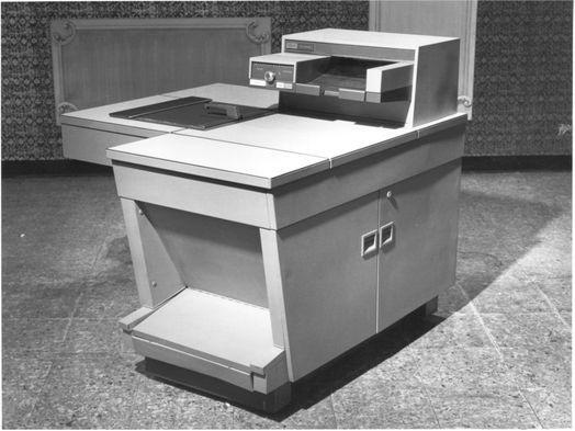 Изображение №5. Первый автоматический офисный копировальный аппарат Xerox 914