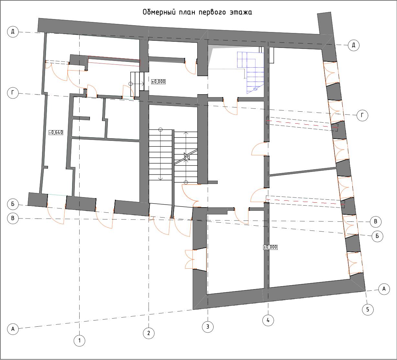 Чертежи первого этажа здания неправильной, трапециевидной формы.  Общая площадь вместе с цокольным этажом — 240 кв.м.