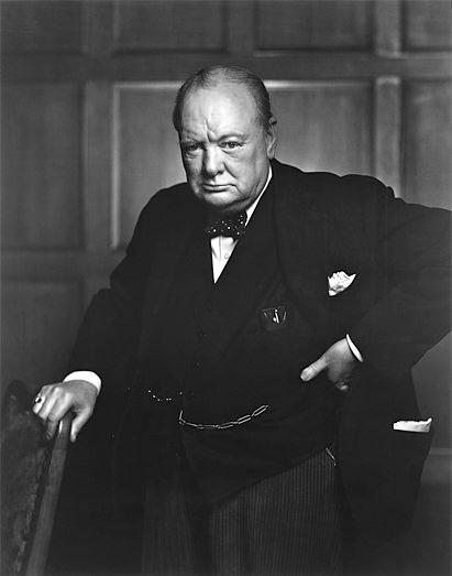 Уинстон Черчилль —  британский государственный и политический деятель, премьер-министр Великобритании в 1940—1945 и 1951—1955 годах; военнослужащий запаса, журналист, писатель, художник, лауреат Нобелевской премии по литературе (1953).