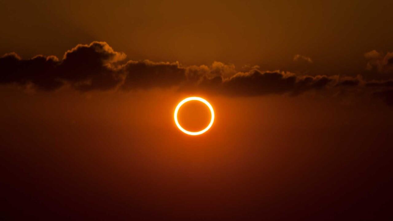 Безопасно наблюдаем и фотографируем кольцеобразное солнечное затмение 10 июня