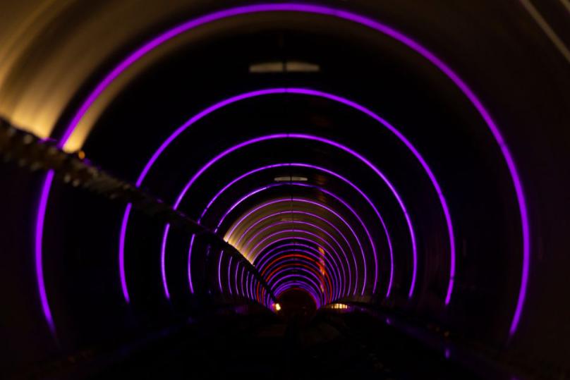 В тоннеле Hyperloop. REUTERS / Mike Blake