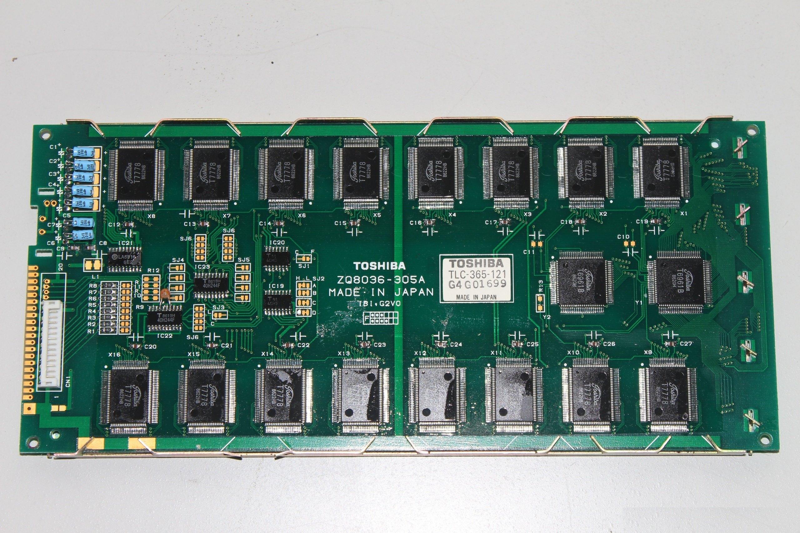 Оригинальный дисплей Toshiba T1100 - плата управления ЖКИ. С него скопирован советский дисплейный модуль.