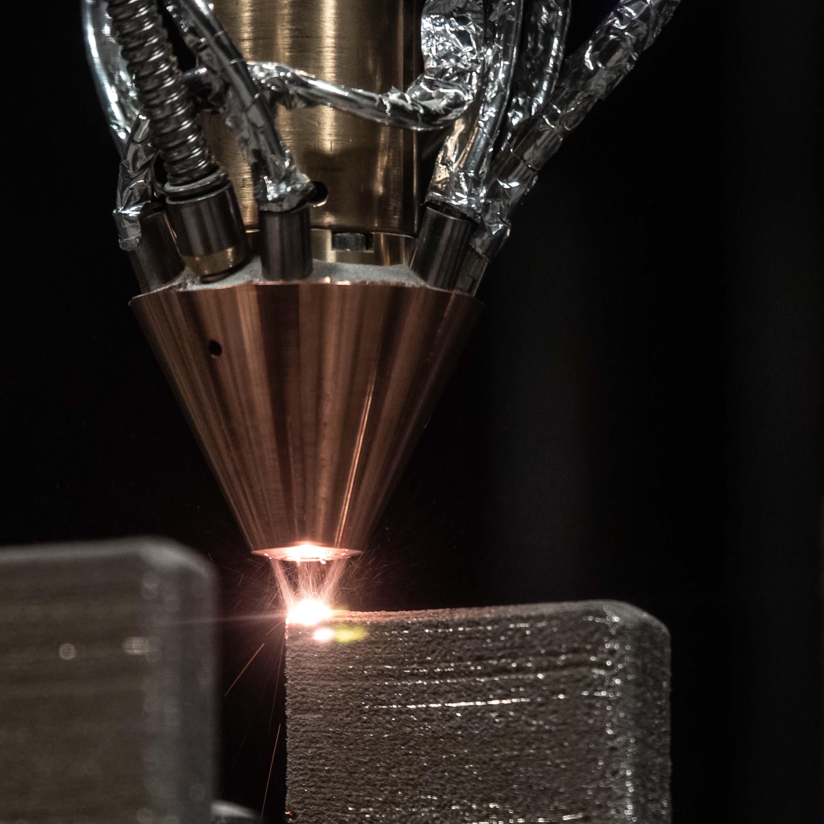 Прямое лазерное выращивание из титанового сплава