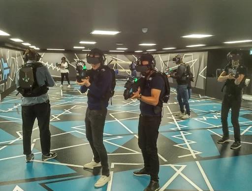 Процесс игры на VR-арене