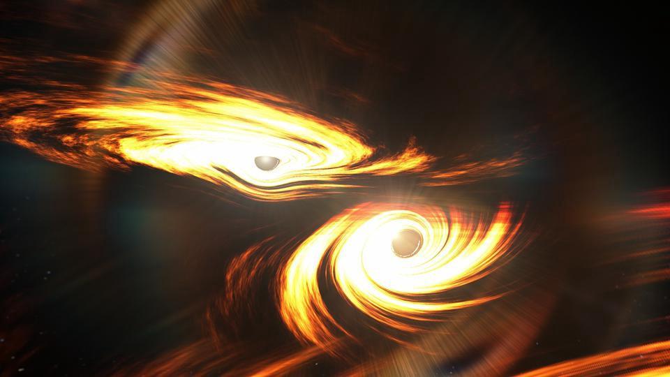 Две чёрные дыры, каждая с аккреционным диском, изображаются незадолго до столкновения. С новым сообщением GW190521 мы нашли самые тяжелые массивные чёрные дыры, когда-либо обнаруженные в гравитационных волнах, их масса превышает 100 солнечных масс, они впервые раскрывают массу переходной чёрной дыры