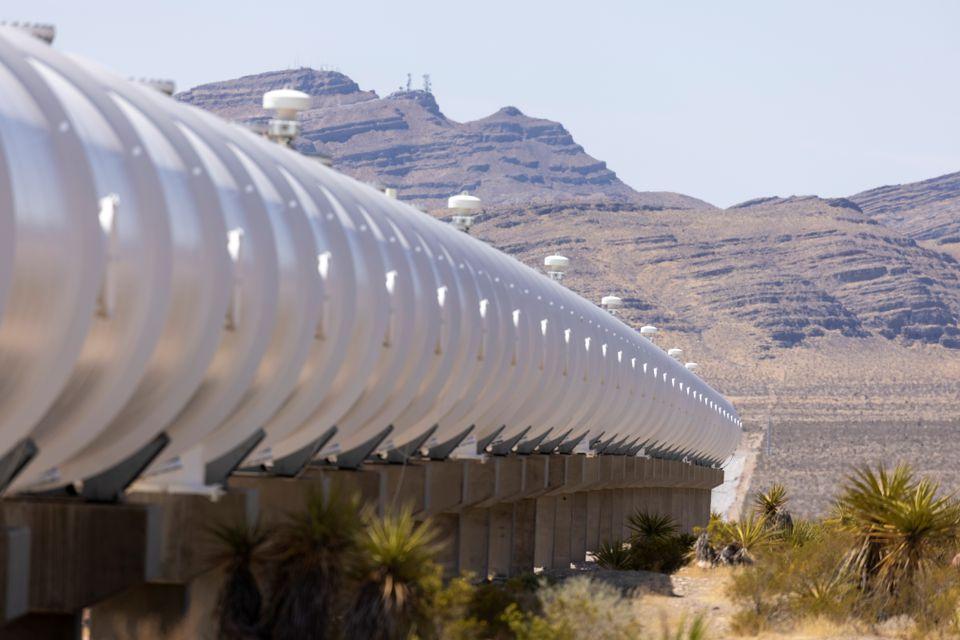 Испытательный тоннель Hyperloop недалеко от Лас-Вегаса. REUTERS / Mike Blake