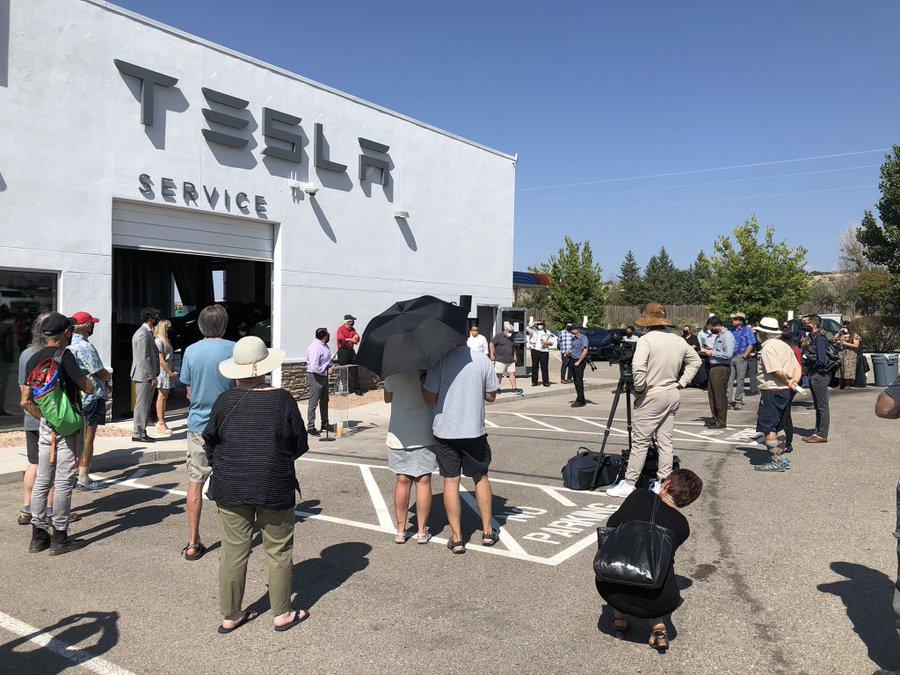 Первый магазин Tesla в Нью-Мексико