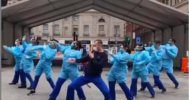 Последнее время набирает популярность Тикток врачи и их танцы