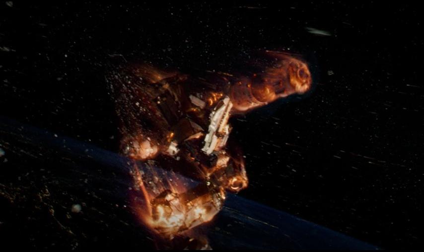 Сход с орбиты орбитальной станции. Фильм «Гравитация».