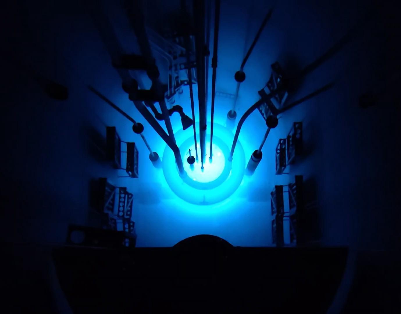 Рис. 1. Реактор TRIGA на полной мощности.