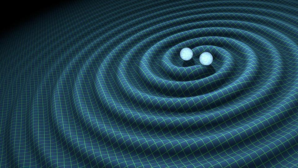 Рябь пространства-времени, порождаемая орбитальными массами, возникает независимо от конечного продукта слияния. Однако большая часть высвобождаемой энергии исходит только на нескольких последних орбитальных витках и во время фактического слияния двух масс, которые проходят стадии вращения по спирали и слияния (Р. ХАРТ CALTECH/JPL)