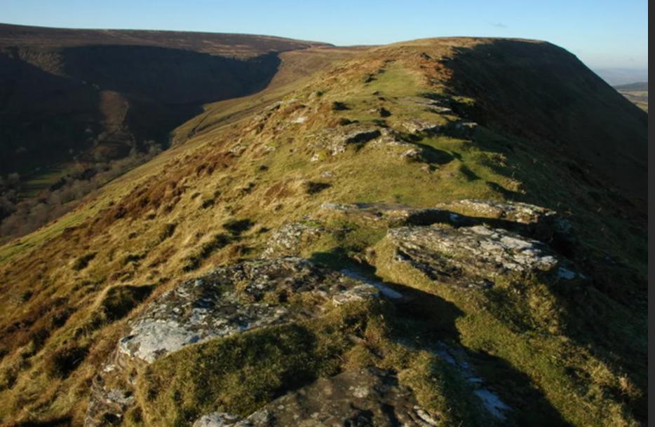 Black Hill. Источник: https://everipedia.org/wiki/lang_en/Black_Hill_(Herefordshire)