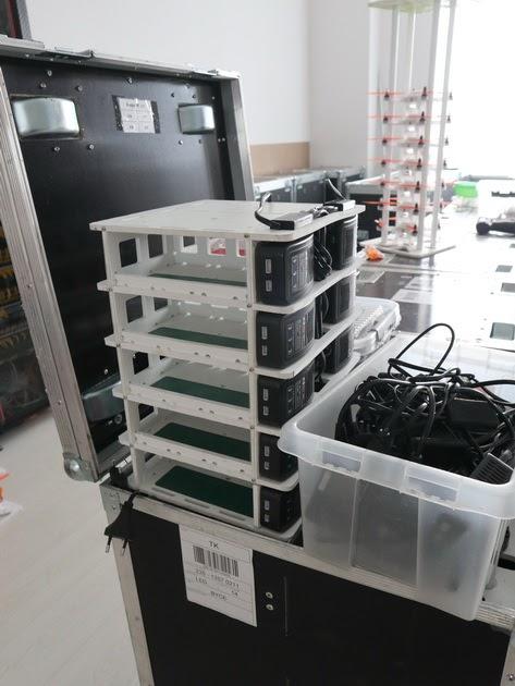 Специальный стенд для зарядки дронов