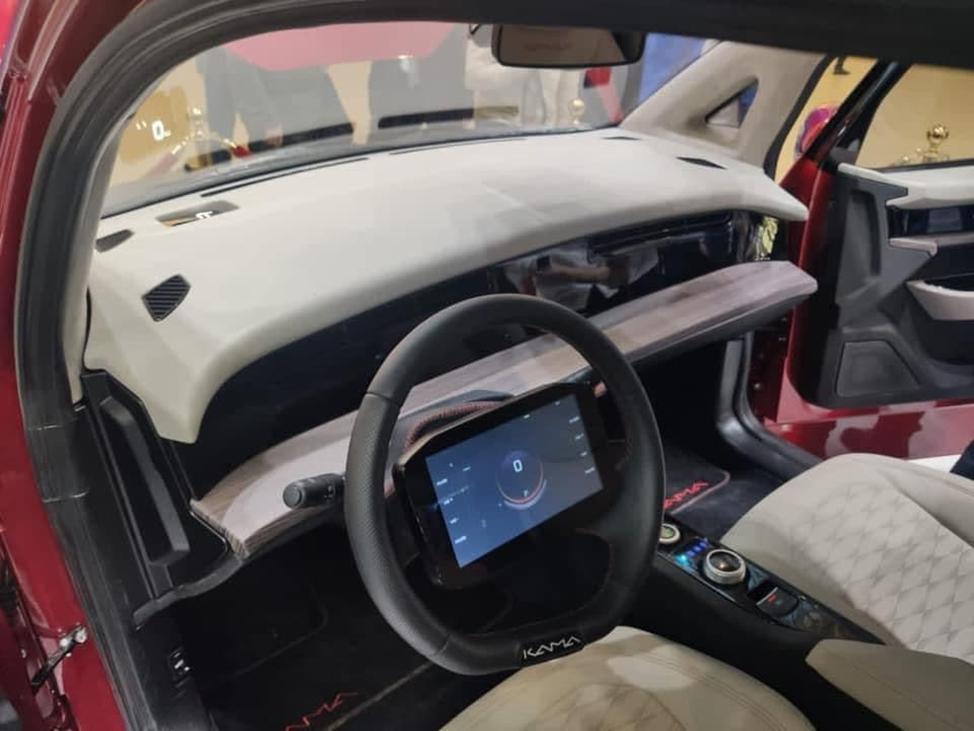 Сенсорный дисплей на руле
