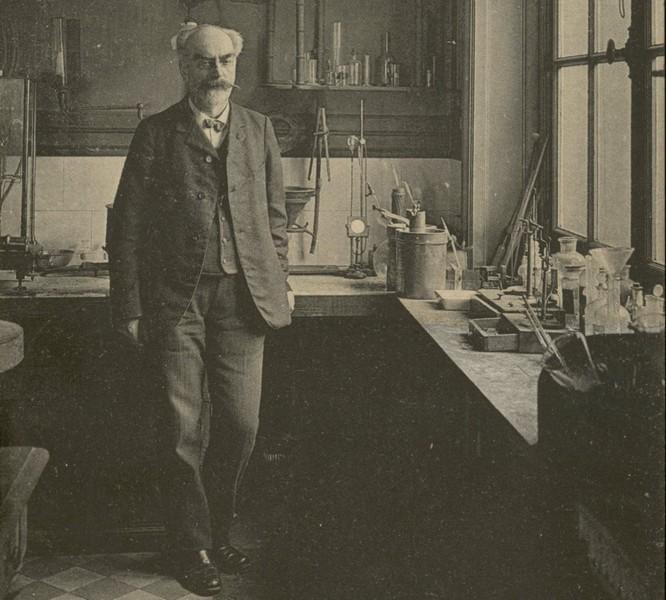 Габриэль Липпманн в лаборатории Сорбонны / Bibliothèque de la Sorbonne
