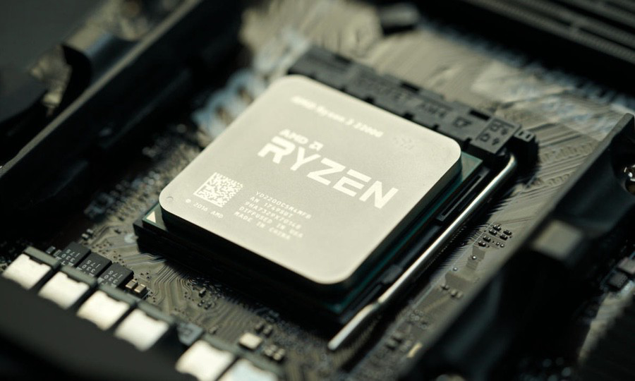 APU от AMD Ryzen. CPU и GPU (Radeon Vega) расположены на одной матрице, но этот чип все равно не содержит других со-процессоров, IO контроллеров и единой памяти.