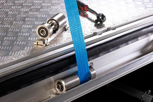У ремней много вариантов и схем крепления для разных типов грузов.