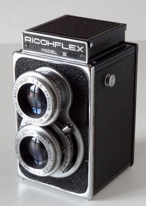 Изображение №7. Фотоаппарат Ricohflex Model III3