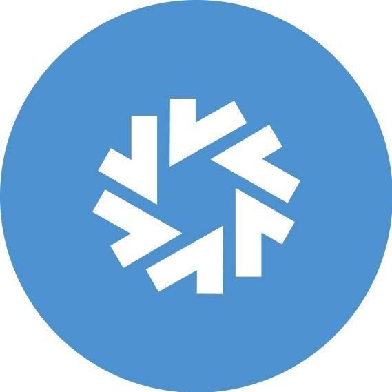 Логотип компании «SF Education»