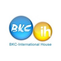 Логотип компании «ВКС-International House»