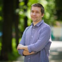 Денис Крешихин (deniskreshikhin) – Мобильная разработка (iOS), Веб-разработка.