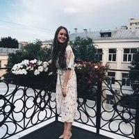 anya-dmitrievna