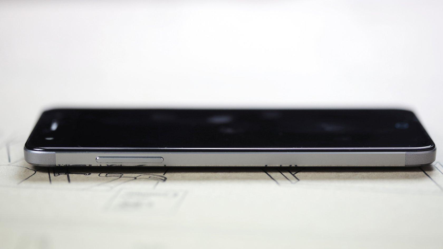 Обзор ZTE Blade V7 Lite: недорогой и технологичный