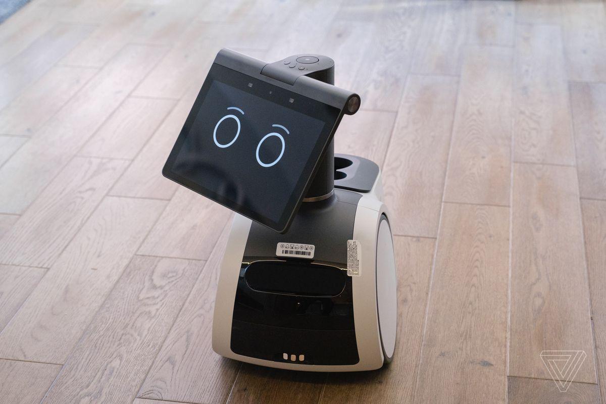 Робот Astro от Amazon