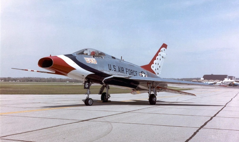 North American F-100 Super Sabre.