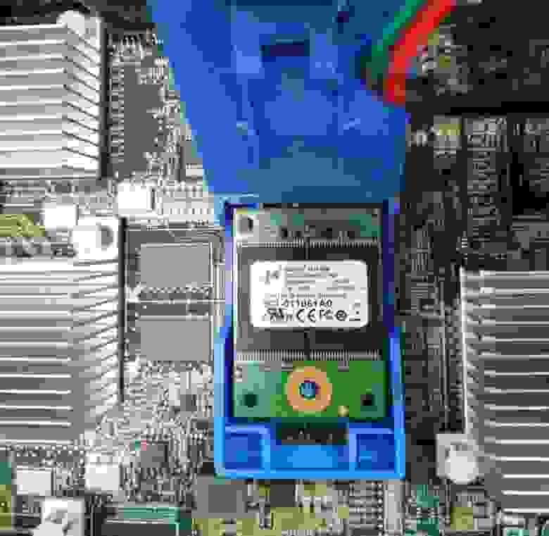 Boot media device NetApp FAS8040