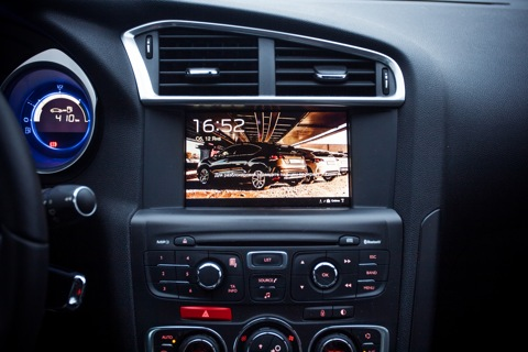 Android tablet @ Citroen DS4