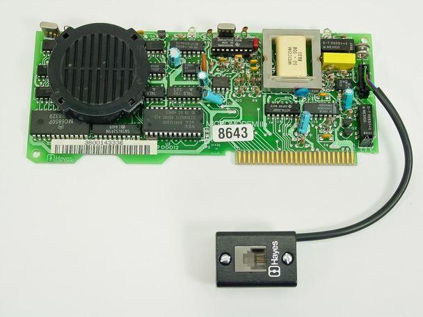 Hayes 8643 Micromodem IIe 300 bit/s Modem for Apple IIe