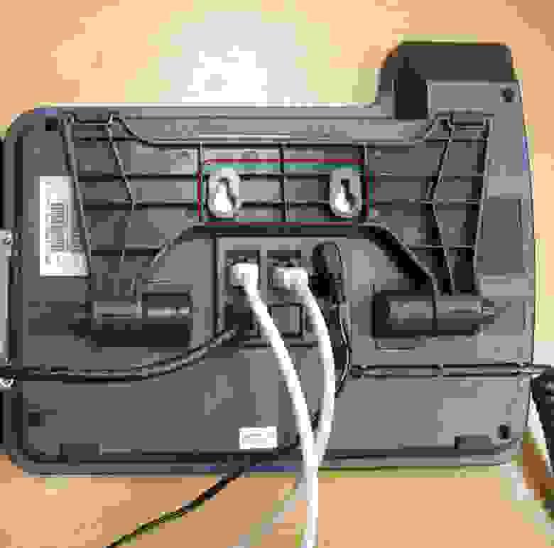 Задняя панель телефона-отверстия для крепления к стене