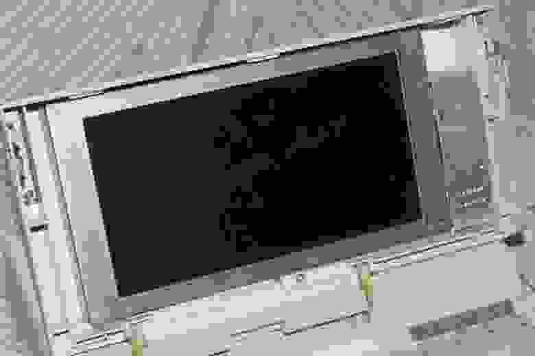 Дисплей Citizen - снята передняя стенка экрана