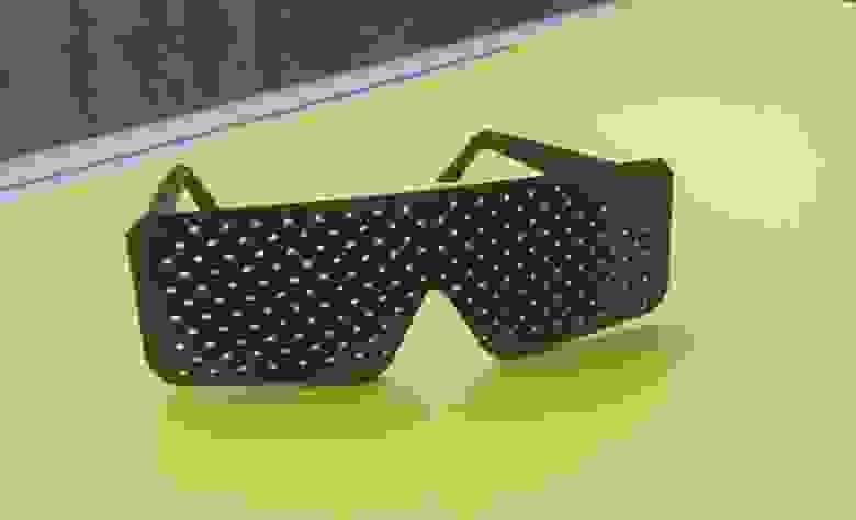 Перфорационные очки, распечатанные на 3d-принтере
