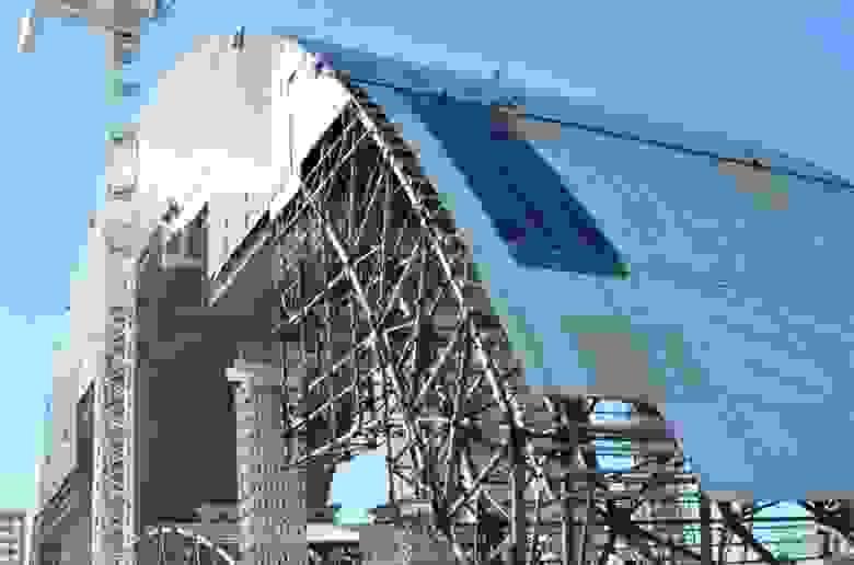 Строительство арки НБК