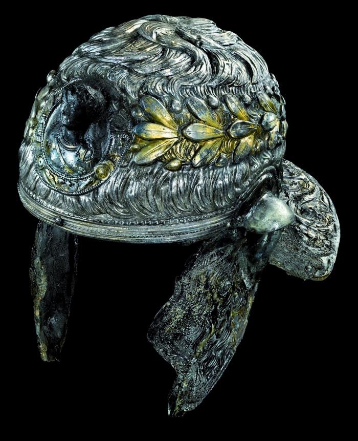 Шлем из Ксантен-Вардта