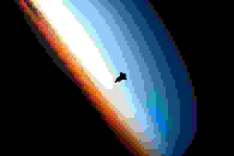 Картинка для привлечения внимания. Источник: Expedition 22 Crew, NASA
